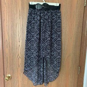 Dresses & Skirts - Black high low skirt